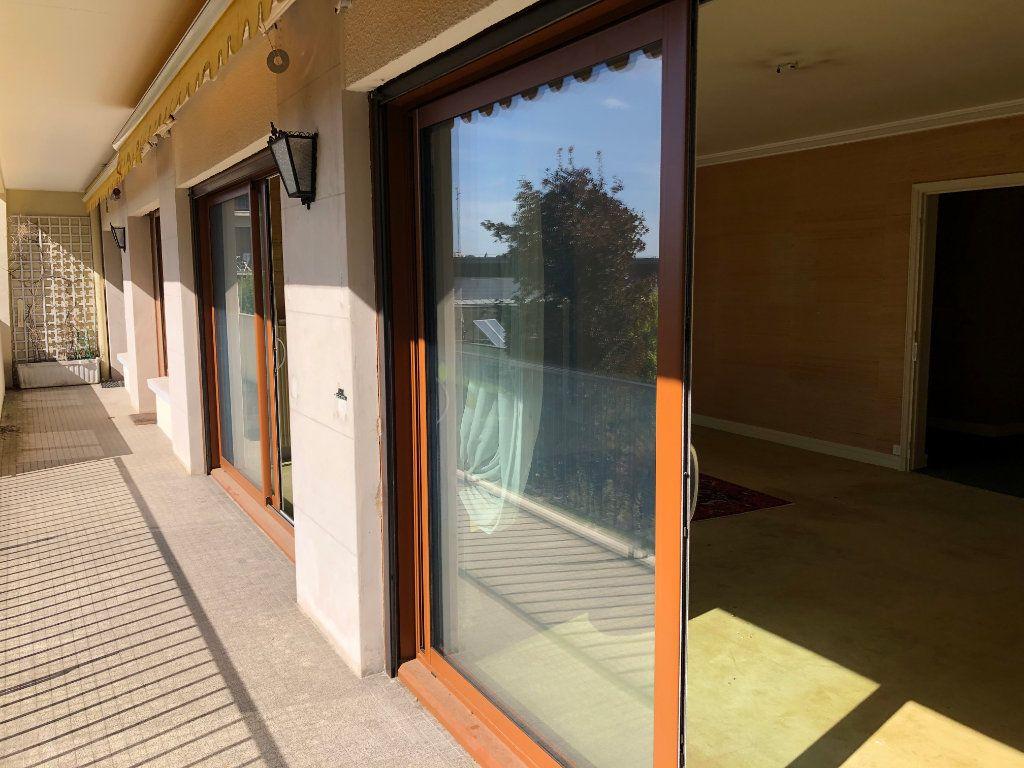 Appartement à vendre 6 131.65m2 à Troyes vignette-4