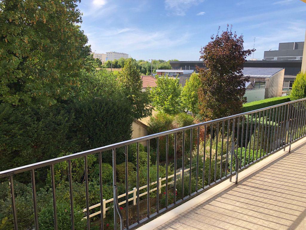 Appartement à vendre 6 131.65m2 à Troyes vignette-5