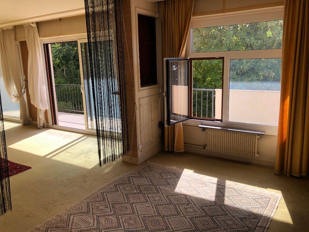 Appartement à vendre 6 131.65m2 à Troyes vignette-7
