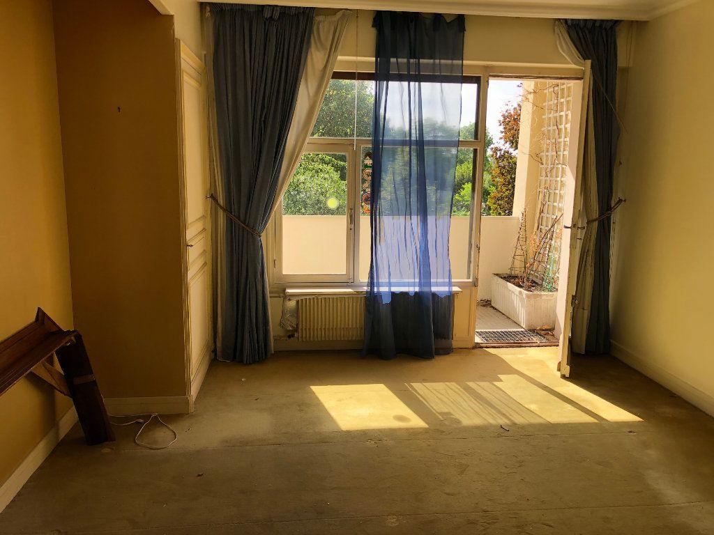 Appartement à vendre 6 131.65m2 à Troyes vignette-8