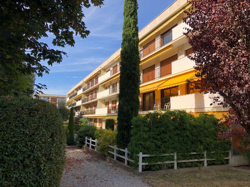 Appartement à vendre 6 131.65m2 à Troyes vignette-14
