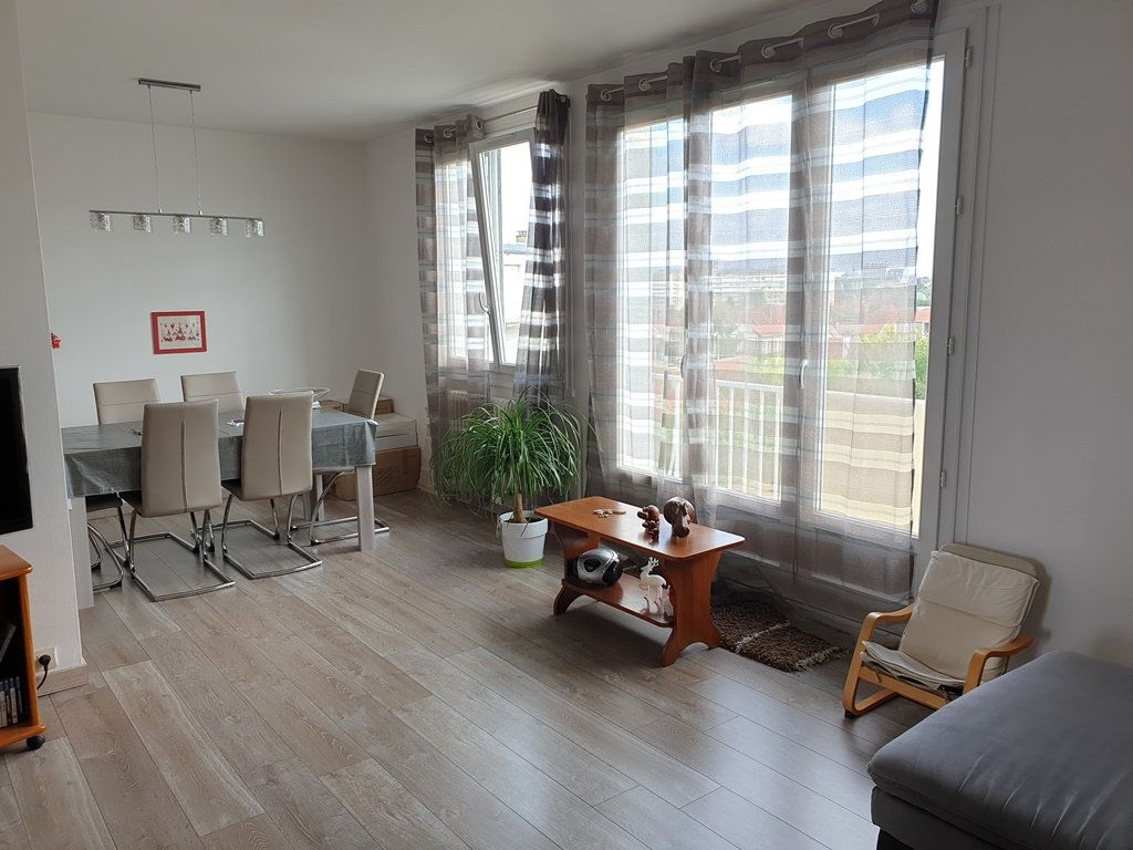 Appartement à vendre 5 89m2 à Saint-André-les-Vergers vignette-2