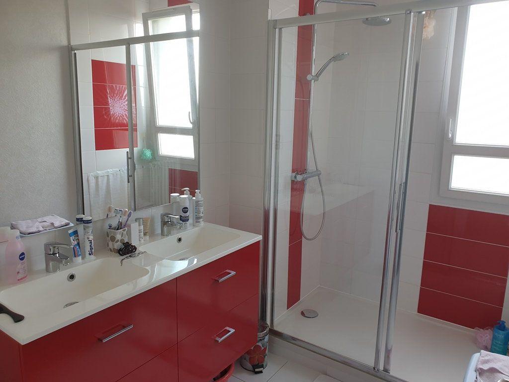 Appartement à vendre 5 89m2 à Saint-André-les-Vergers vignette-6