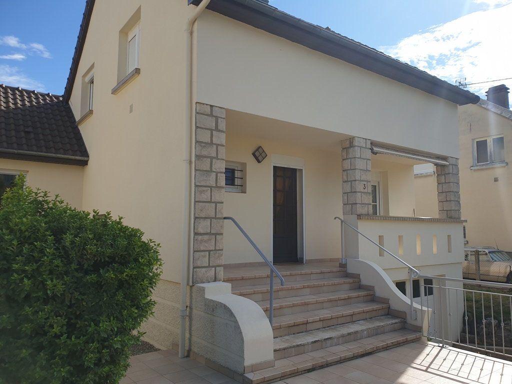 Maison à vendre 6 120m2 à Saint-André-les-Vergers vignette-1