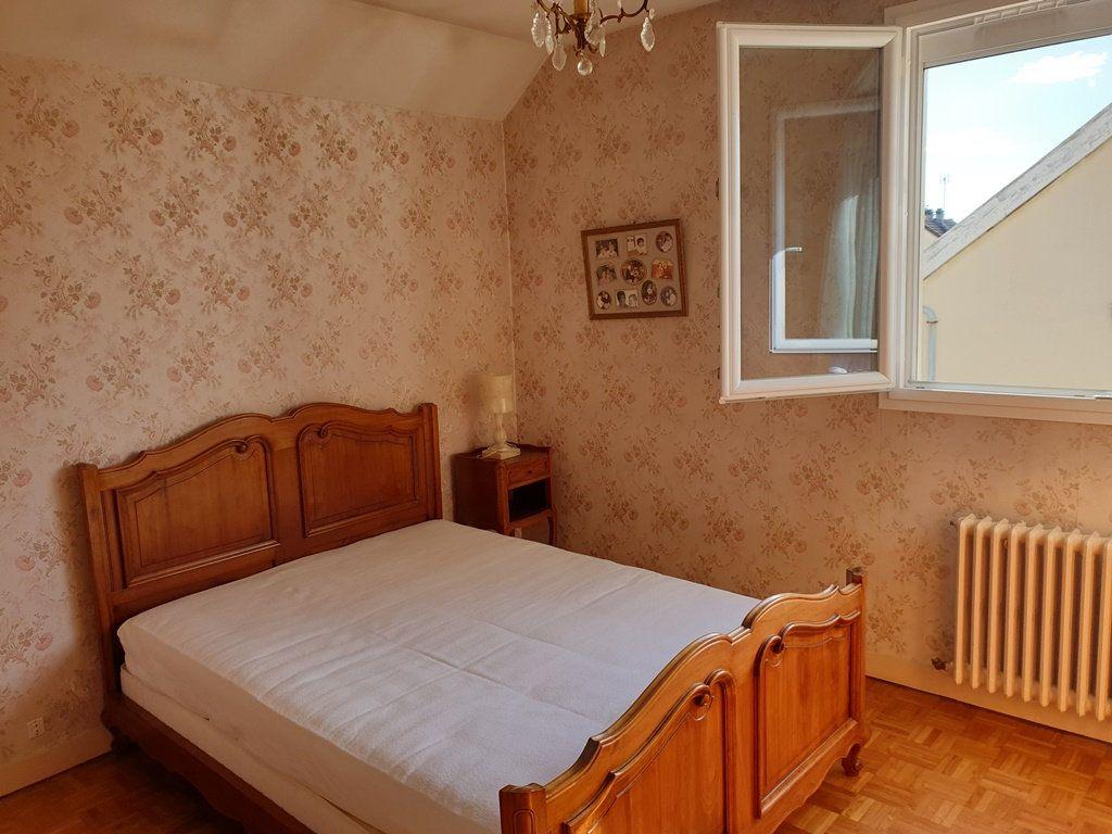 Maison à vendre 6 120m2 à Saint-André-les-Vergers vignette-9