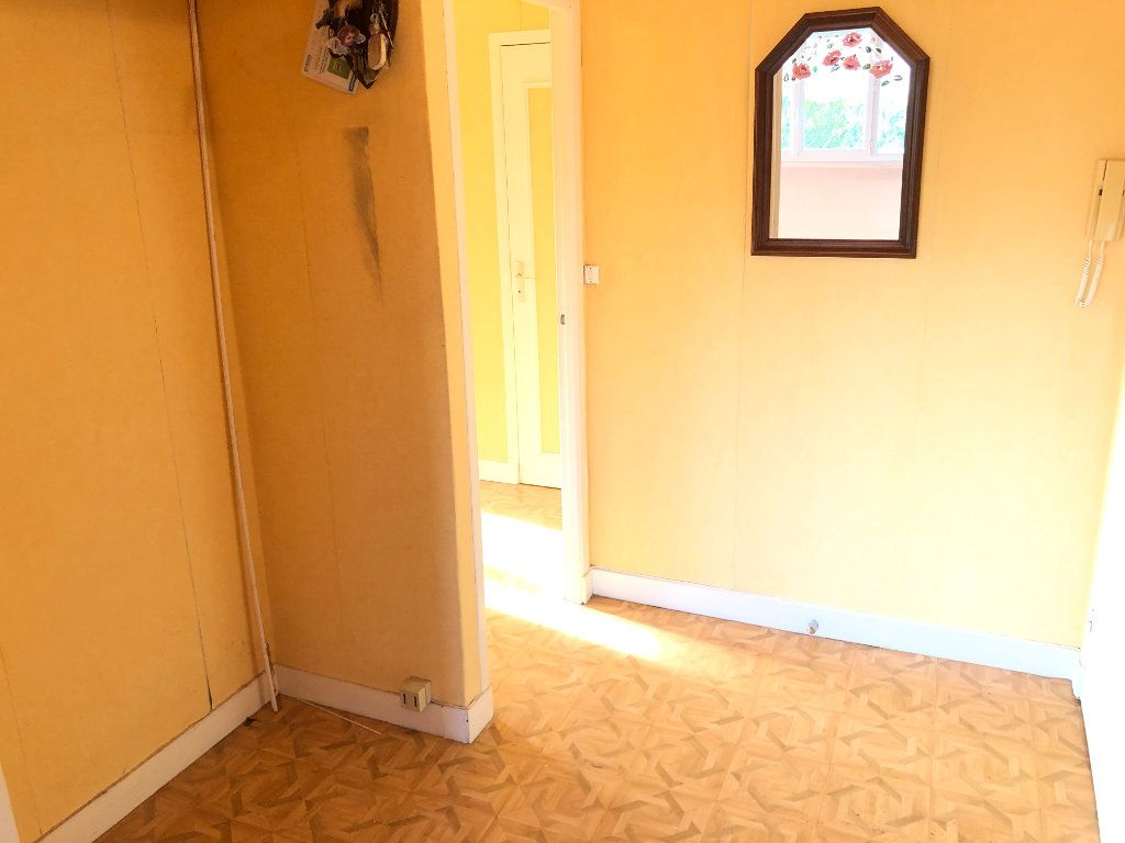 Appartement à vendre 4 78.31m2 à Troyes vignette-7