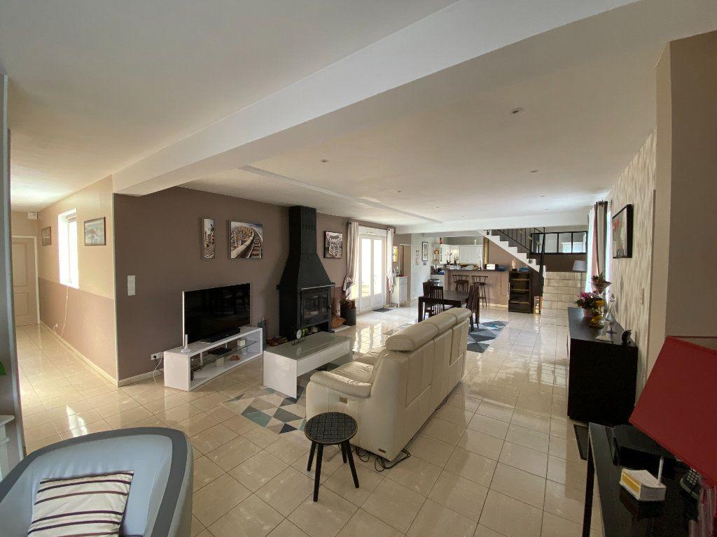 Maison à vendre 10 361.1m2 à Laines-aux-Bois vignette-2
