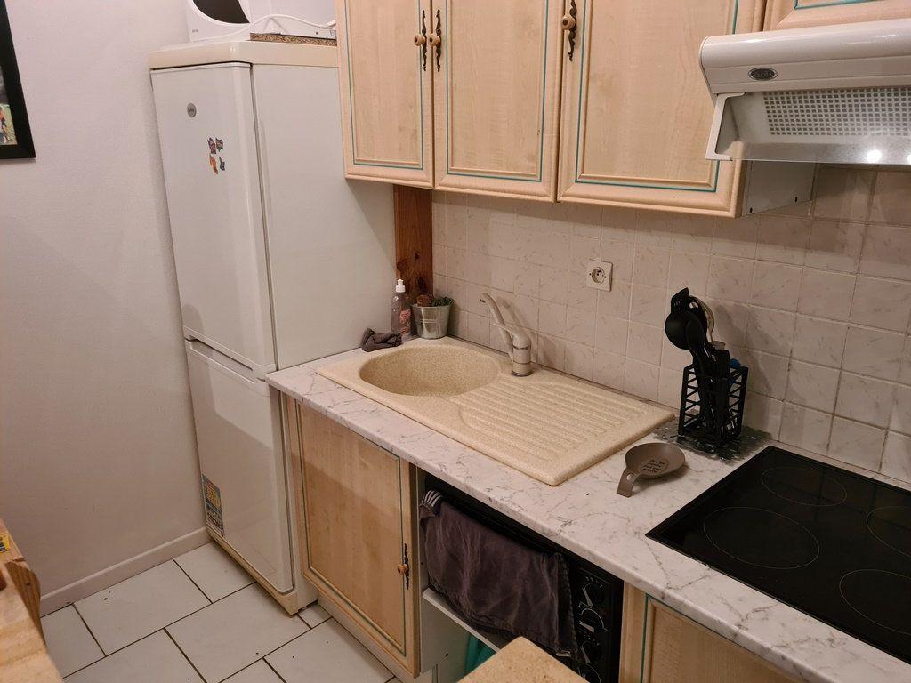 Appartement à vendre 2 49.9m2 à La Chapelle-Saint-Luc vignette-3