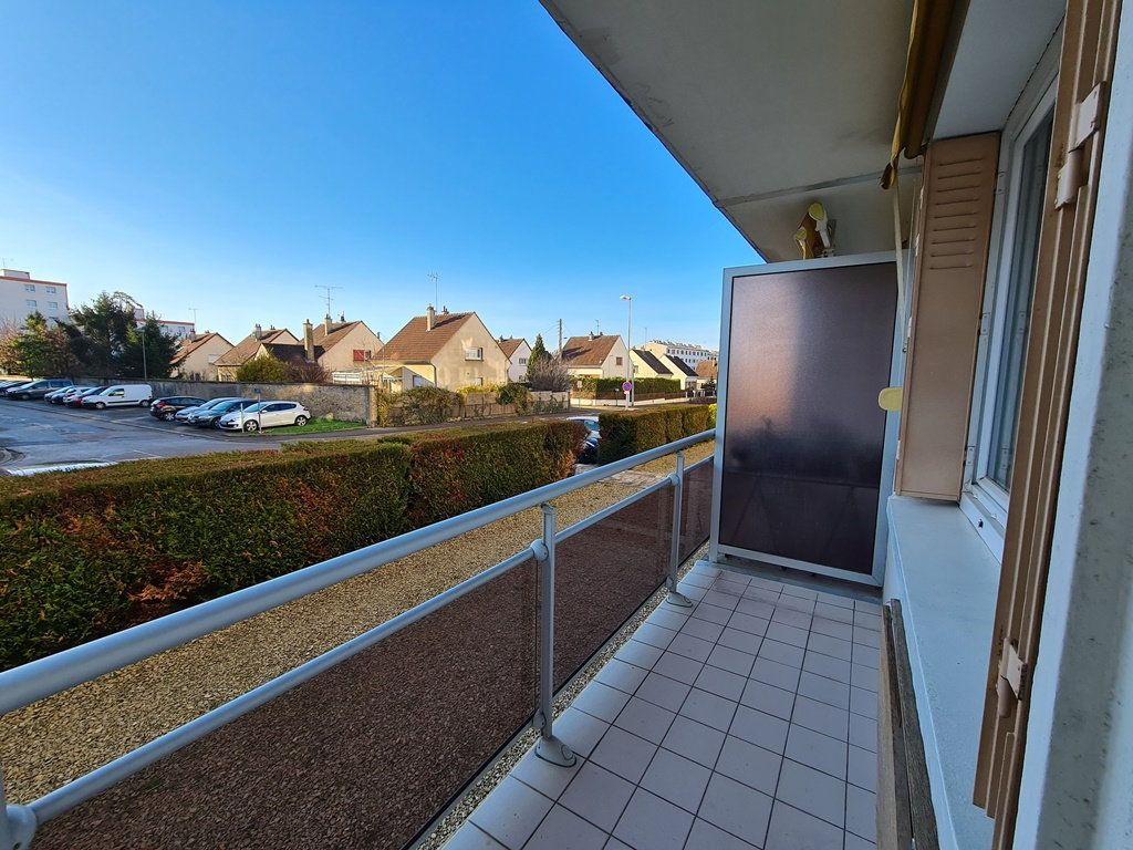 Appartement à vendre 3 53.57m2 à Troyes vignette-1