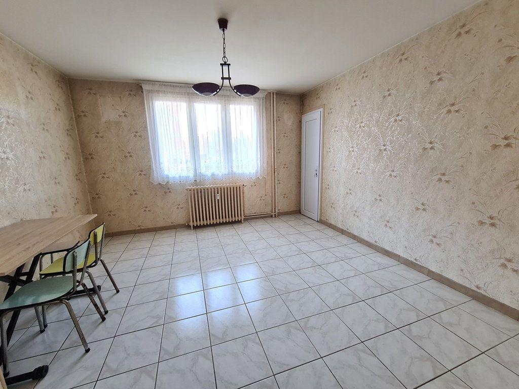 Appartement à vendre 3 53.57m2 à Troyes vignette-3
