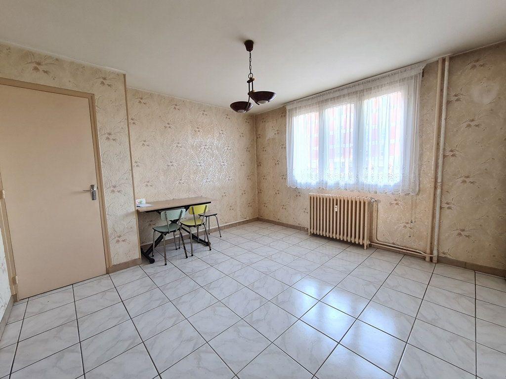 Appartement à vendre 3 53.57m2 à Troyes vignette-4