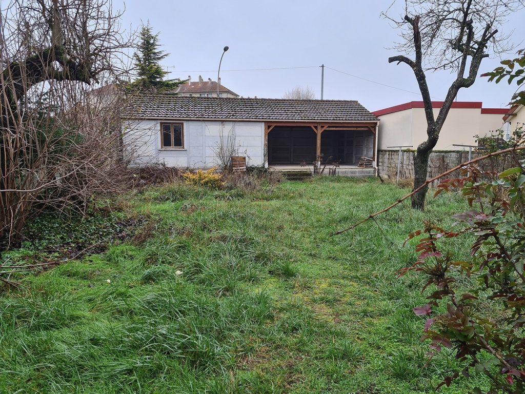 Maison à vendre 4 88m2 à La Chapelle-Saint-Luc vignette-2