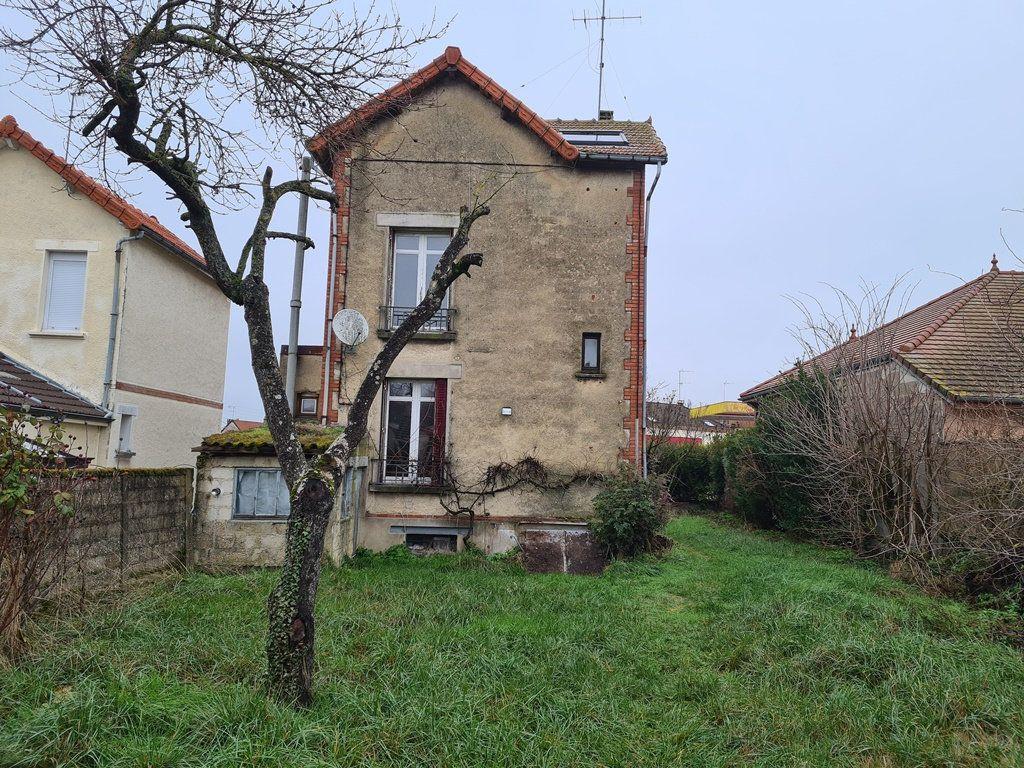 Maison à vendre 4 88m2 à La Chapelle-Saint-Luc vignette-3