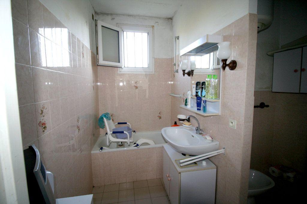 Maison à vendre 7 160m2 à Marseillette vignette-7