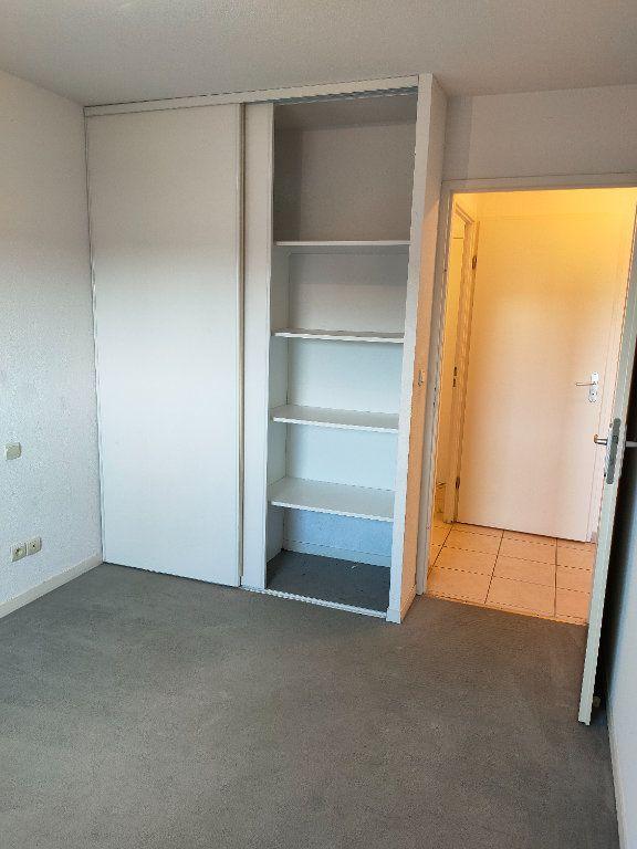 Appartement à louer 3 57.15m2 à Carcassonne vignette-7