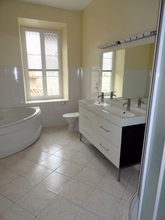 Appartement à louer 4 150m2 à Carcassonne vignette-13