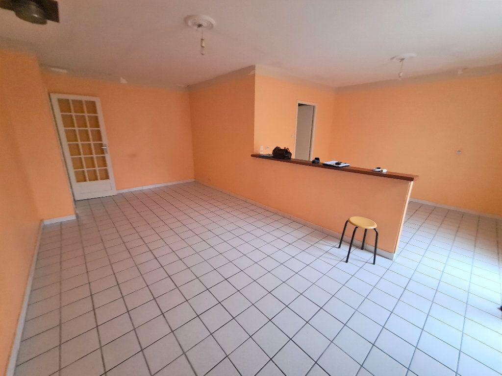 Maison à vendre 4 85m2 à Carcassonne vignette-3