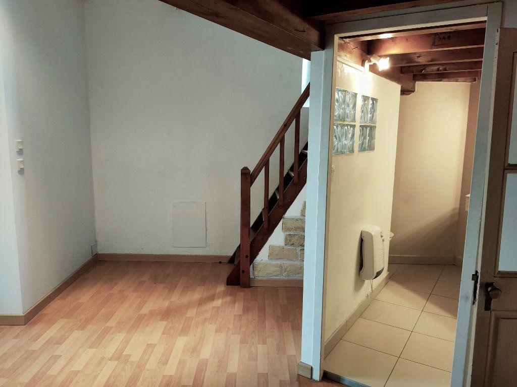 Maison à louer 3 70.72m2 à Cavanac vignette-10