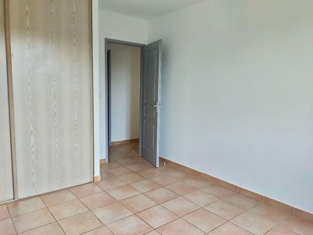 Maison à louer 4 98.23m2 à Leuc vignette-12