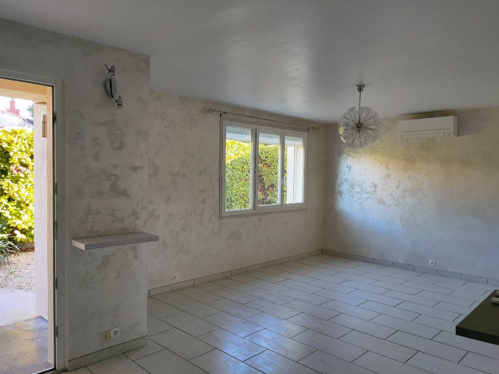 Maison à louer 4 68m2 à Villegailhenc vignette-2