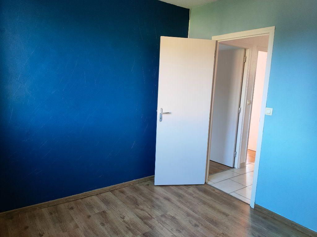 Maison à louer 4 68m2 à Villegailhenc vignette-17