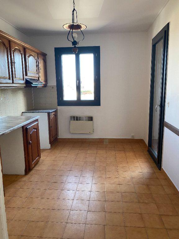 Appartement à louer 3 68m2 à Biguglia vignette-4