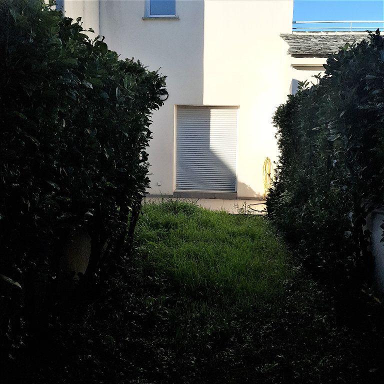 Appartement à louer 2 39.6m2 à Sisco vignette-1