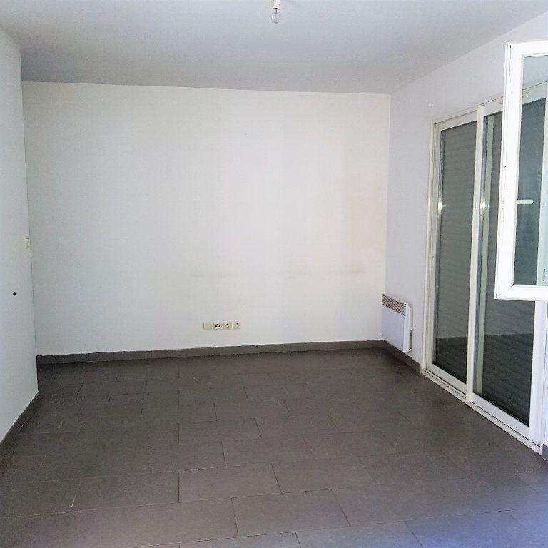 Appartement à louer 2 39.6m2 à Sisco vignette-3
