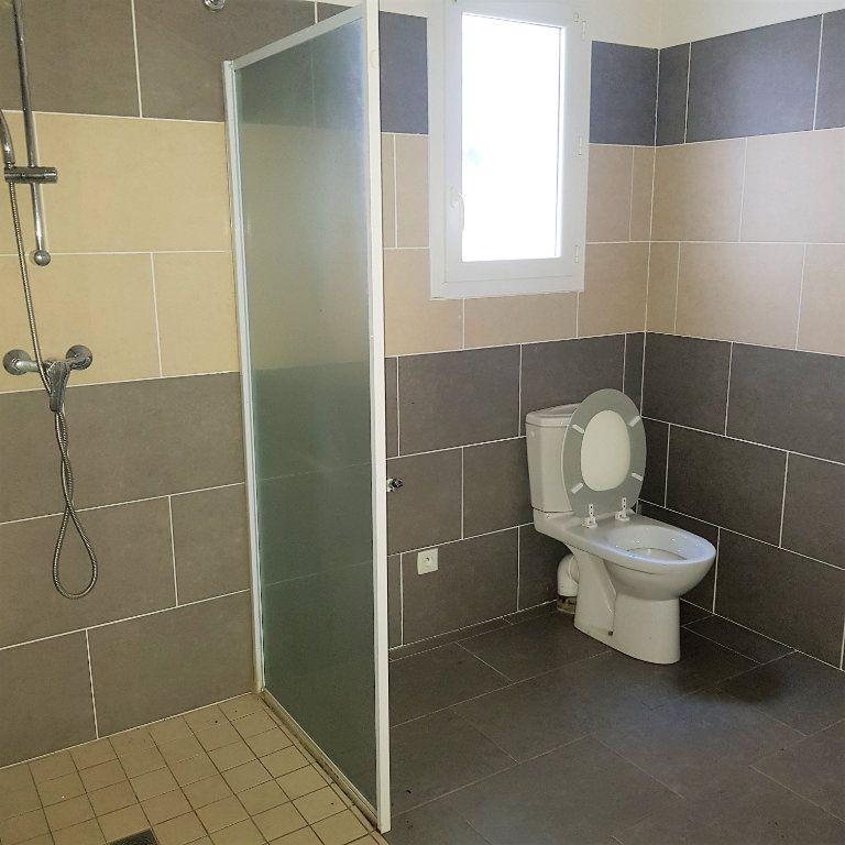 Appartement à louer 2 39.6m2 à Sisco vignette-4