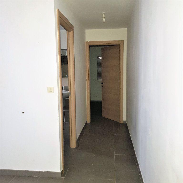Appartement à louer 2 39.6m2 à Sisco vignette-5