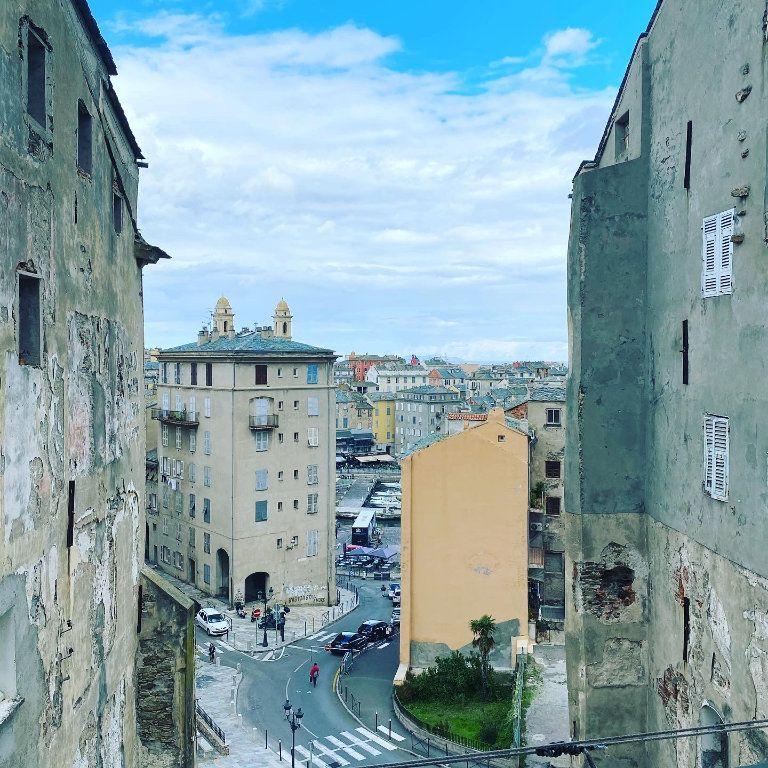 Appartement à vendre 4 91.85m2 à Bastia vignette-10