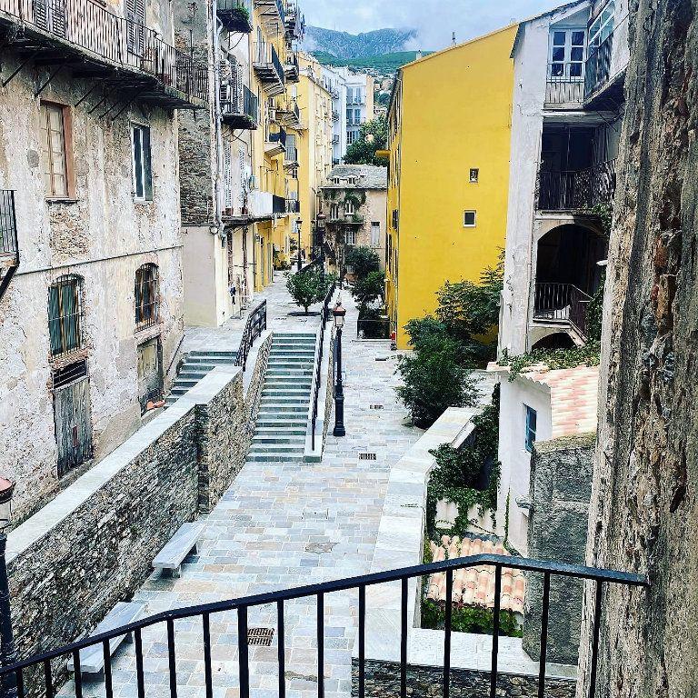 Appartement à vendre 4 91.85m2 à Bastia vignette-11