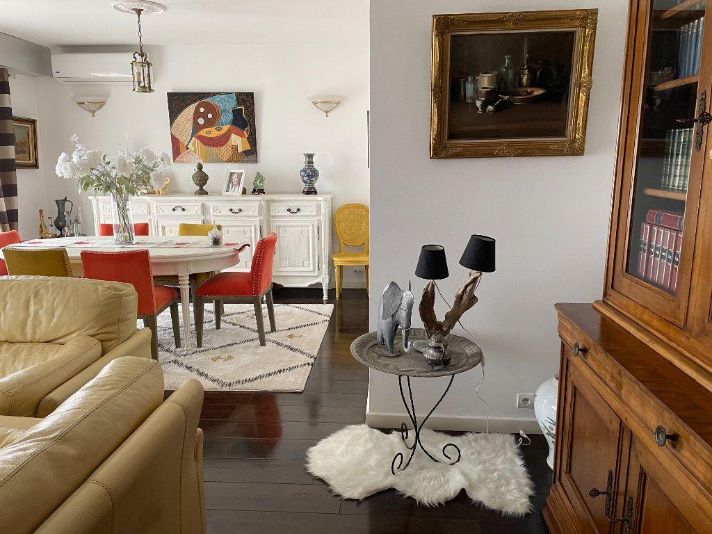 Appartement à vendre 3 104m2 à Bastia vignette-1