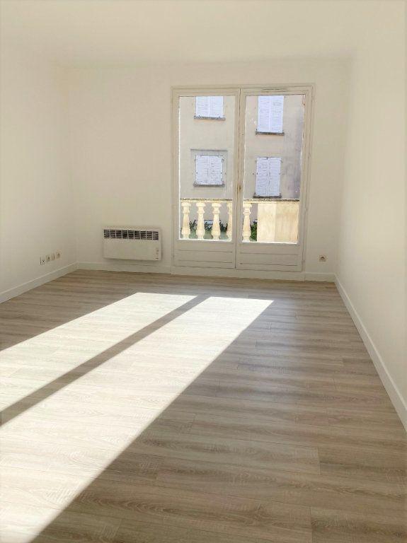 Appartement à louer 4 70.68m2 à Montlhéry vignette-1