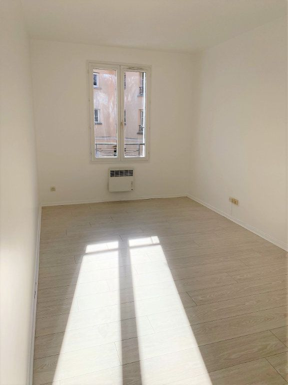 Appartement à louer 4 70.68m2 à Montlhéry vignette-4