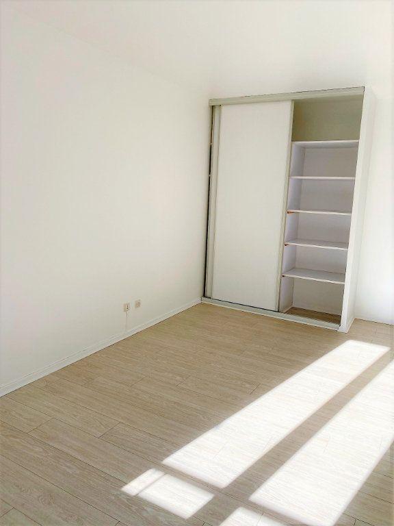 Appartement à louer 4 70.68m2 à Montlhéry vignette-6