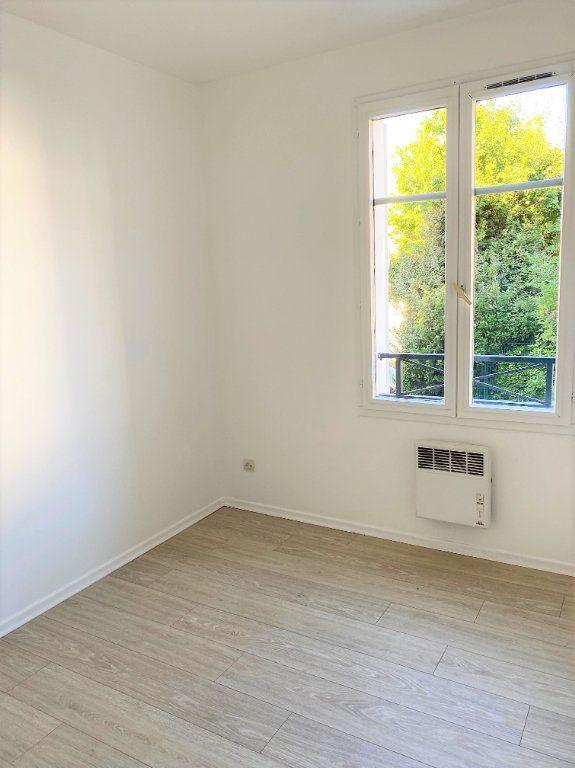 Appartement à louer 4 70.68m2 à Montlhéry vignette-8