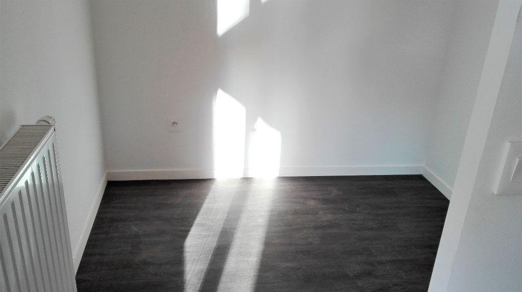 Appartement à louer 1 32.46m2 à Montlhéry vignette-4