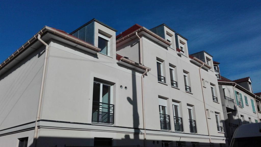 Appartement à louer 1 32.46m2 à Montlhéry vignette-6