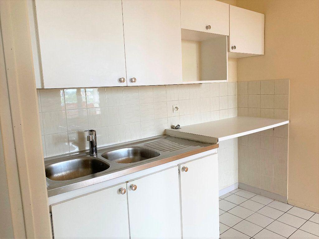 Appartement à louer 2 33m2 à Longpont-sur-Orge vignette-3