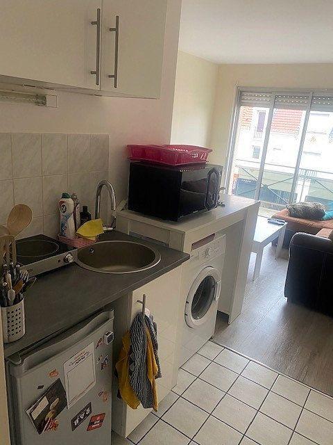 Appartement à louer 2 30.13m2 à Sainte-Geneviève-des-Bois vignette-2