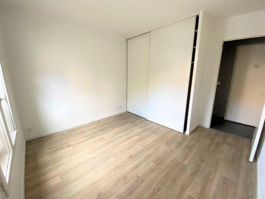 Appartement à louer 2 50.96m2 à Montlhéry vignette-4