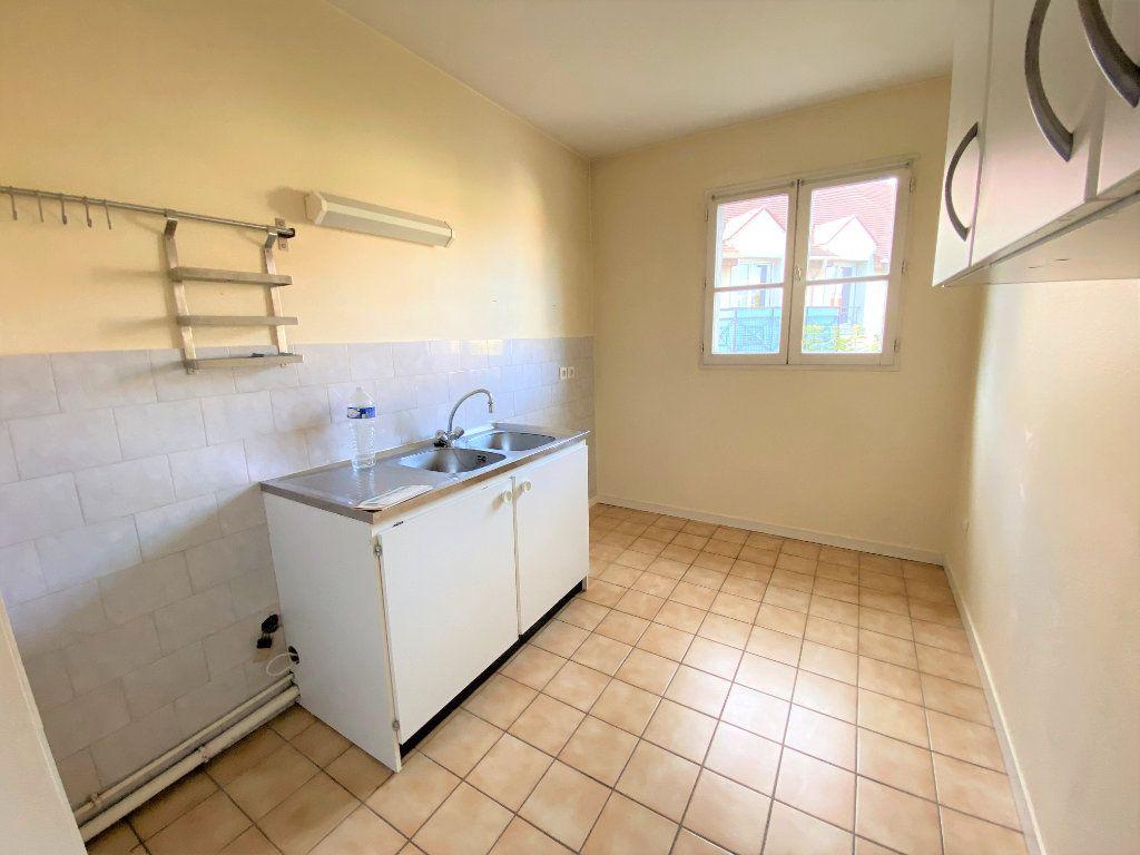 Appartement à louer 2 50.7m2 à Longpont-sur-Orge vignette-3