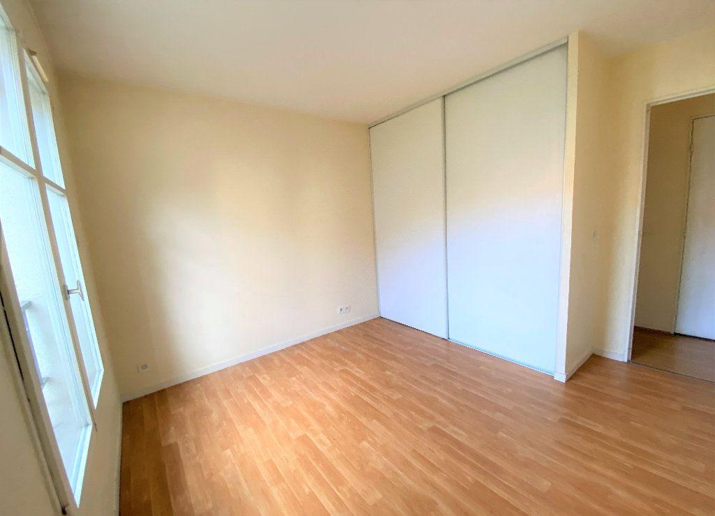 Appartement à louer 2 50.7m2 à Longpont-sur-Orge vignette-5