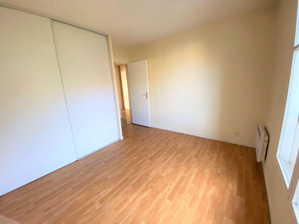 Appartement à louer 2 50.7m2 à Longpont-sur-Orge vignette-6