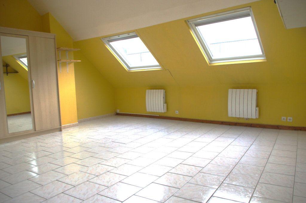 Appartement à louer 2 35m2 à Montivilliers vignette-2