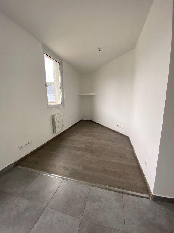 Appartement à louer 2 32m2 à Le Havre vignette-4