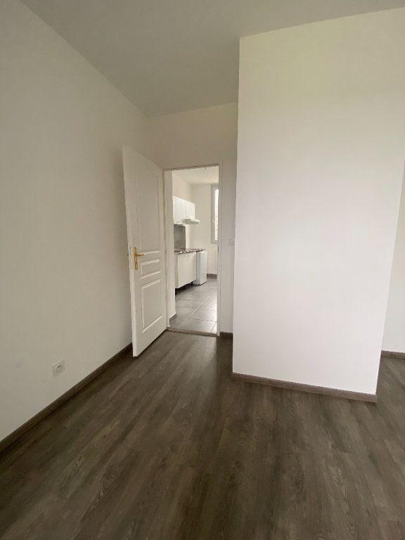 Appartement à louer 2 32m2 à Le Havre vignette-11