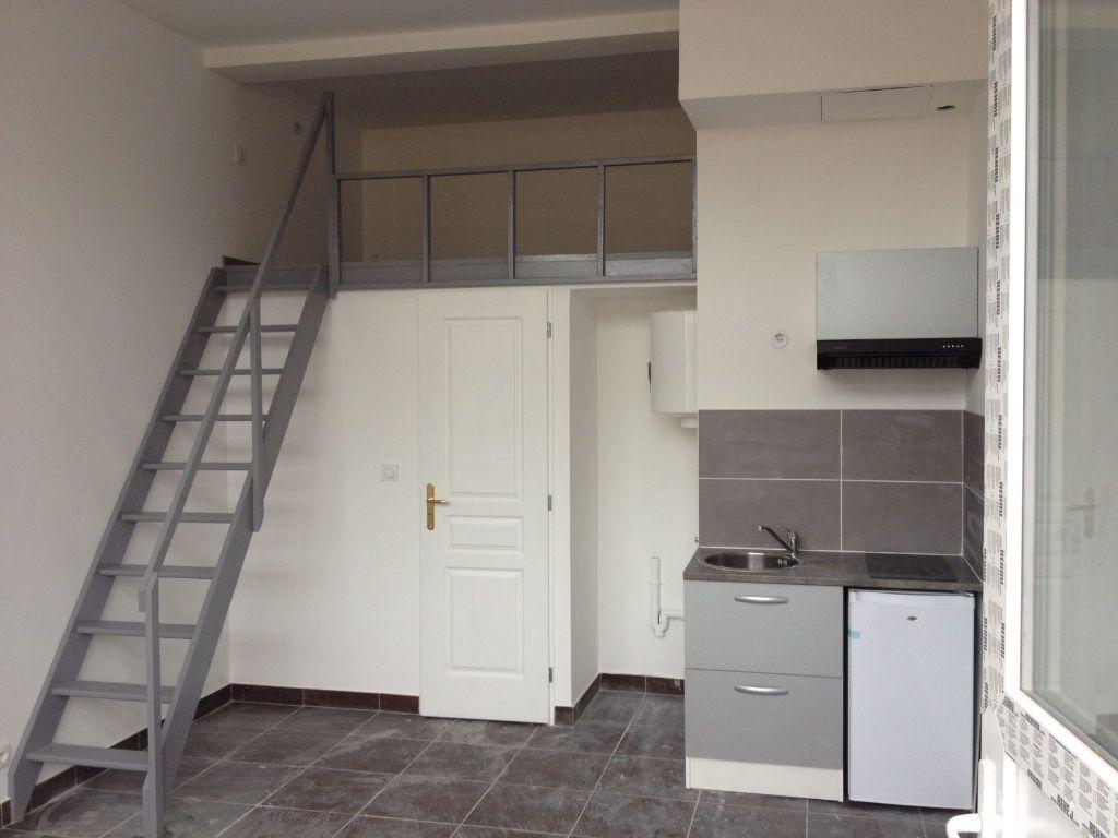 Appartement à louer 1 17.76m2 à Le Havre vignette-1