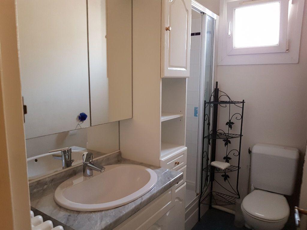 Appartement à louer 1 33.76m2 à Le Havre vignette-3